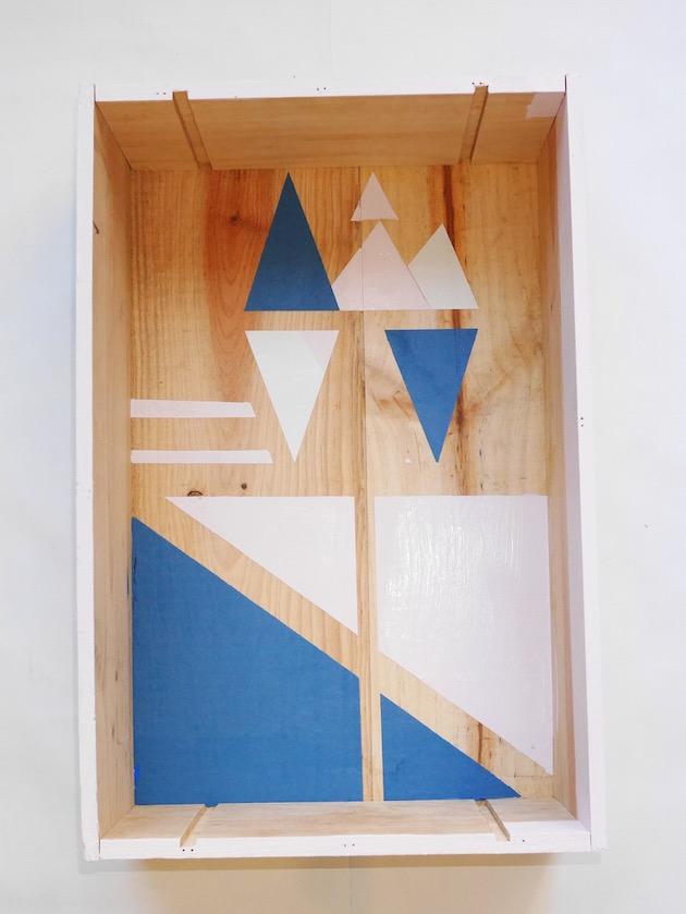 comment fabriquer sa propre table de chevet style nordique hygge en bois idée appartement étudiant stylé - blog déco clem around the corner