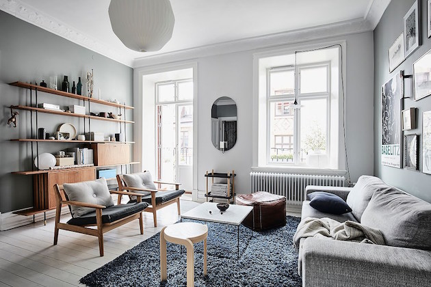salon scandinave décoration cosy vintage mur vert de gris - blog déco - clem around the corner