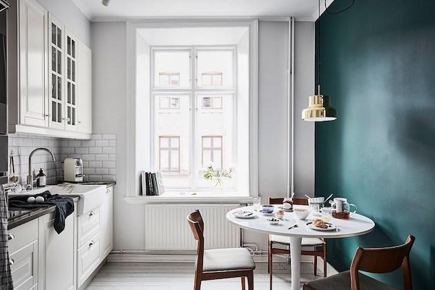 cuisine retro vintage crème parquet blanchi peinture verte