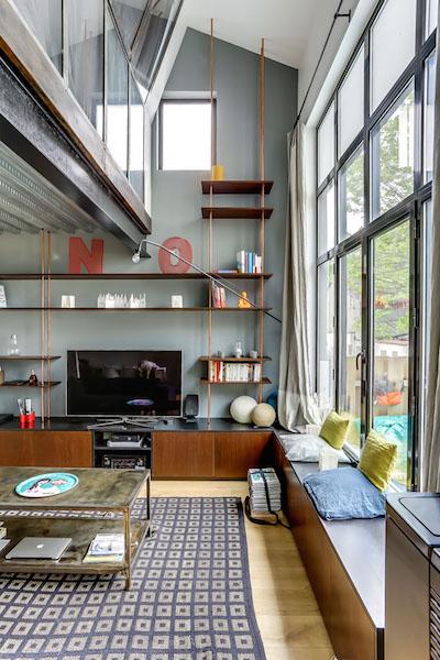 loft mur gris bibliothèque industrielle en cuivre faite maison à fabriquer soi meme - blog déco - clem around the corner