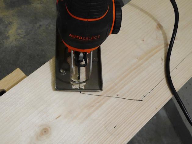 fabriquer un marque page géant en bois