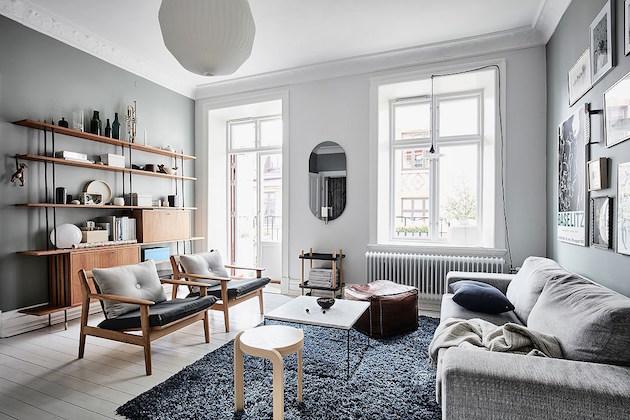mur bleu dans la chambre visite d 39 un appartement scandinave clematc. Black Bedroom Furniture Sets. Home Design Ideas