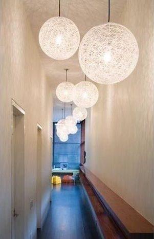 10 id es pour am nager un couloir troit. Black Bedroom Furniture Sets. Home Design Ideas