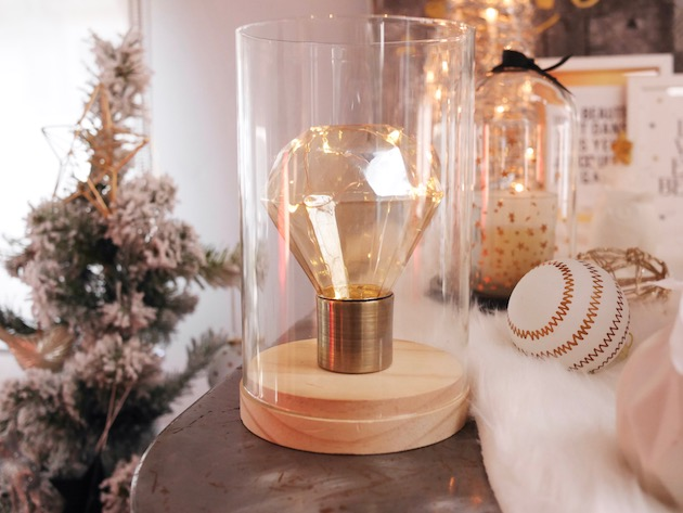 table noel blanc et or lampe ampoule