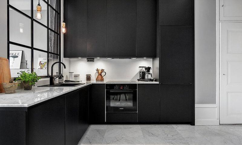 cuisine noir mat et marbre