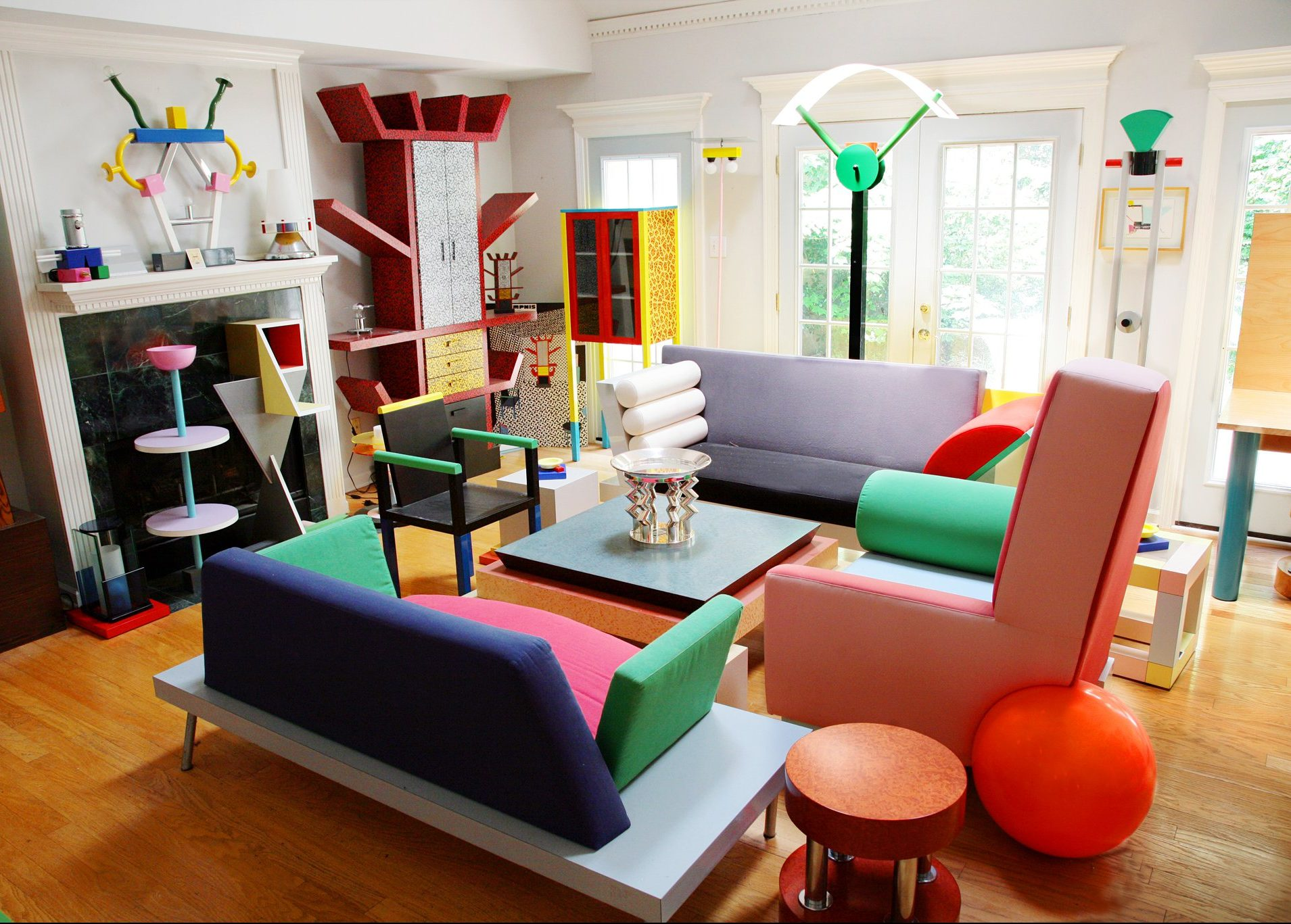 tendance memphis design décoration intérieur coloré histoire
