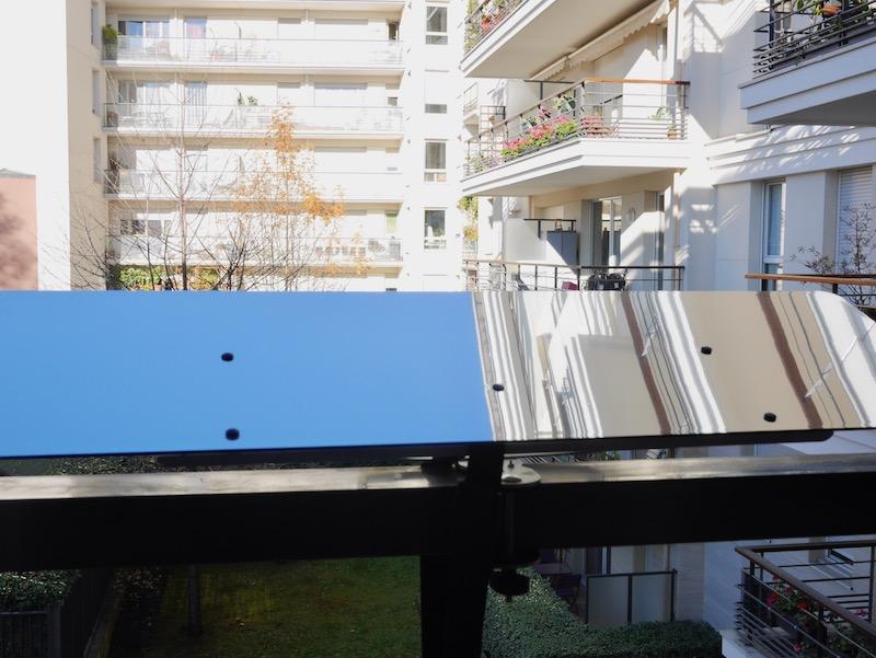 installer son reflecteur lumiere panneau sur son balcon