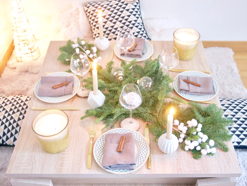 Inspiration déco table de Noël entre amis