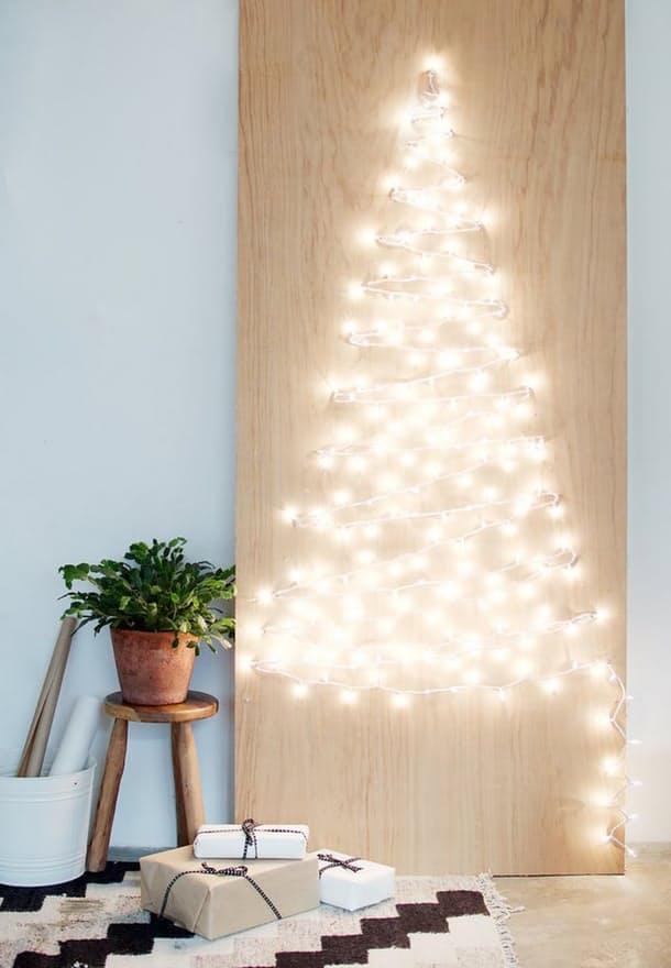 Sapin de Noel fait maison lumineux
