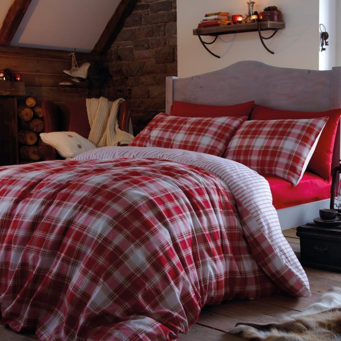 le tartan dans la d co blog d coration int rieur clemaroundthecorner. Black Bedroom Furniture Sets. Home Design Ideas