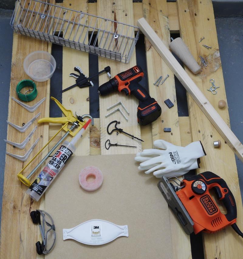 matériel necessaire pour fabriquer un meuble en palette