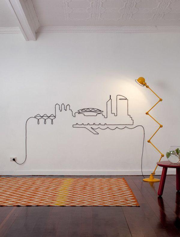 Le duo australien Tin & Ed a imagine deux publicités très originales pour la ville de Melbourne, et reproduit des vues de la ville à partir de câbles électriques.