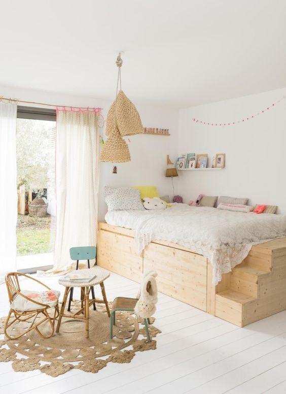 meuble en contreplaqué lit surélevé pour chambre enfant