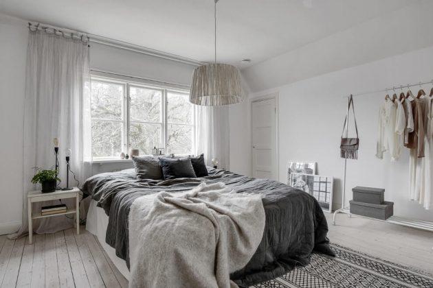 chambre style nordique dans une maison jaune