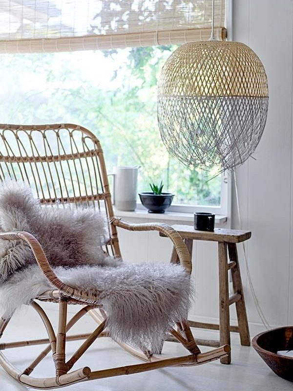 lampe bambou dans le salon style nordique vintage