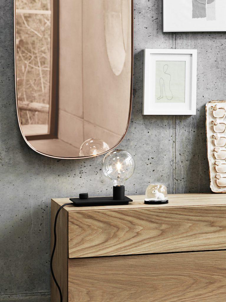 lampe bureau avec variateur luminosité design minimaliste Muuto