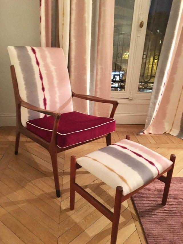 retapisser un fauteuil annees 50 60 scandinave bois