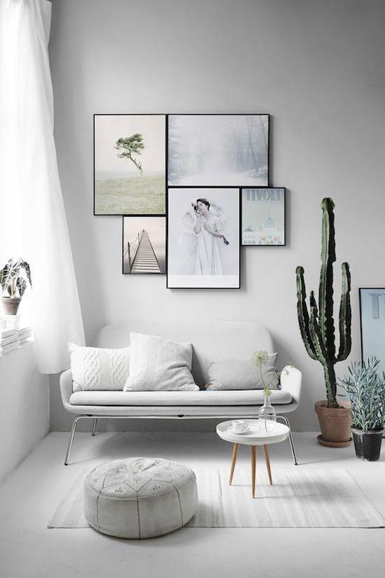 salon epuree blanc mur de cadre meuble rond