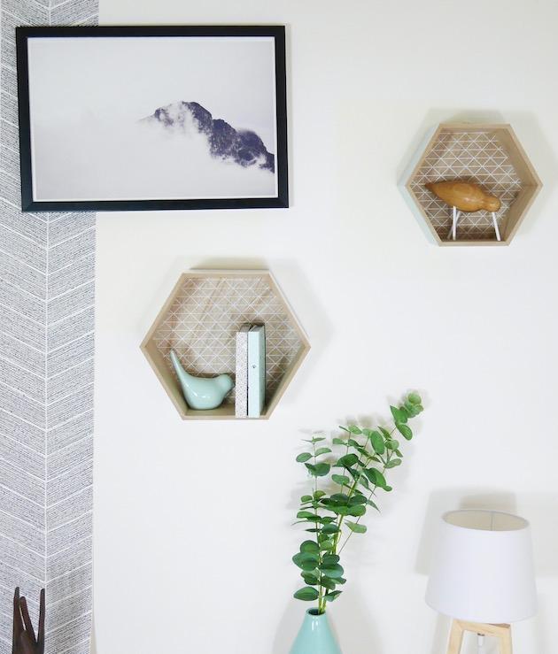 decoration mur eucalyptus et etagere hexagonale