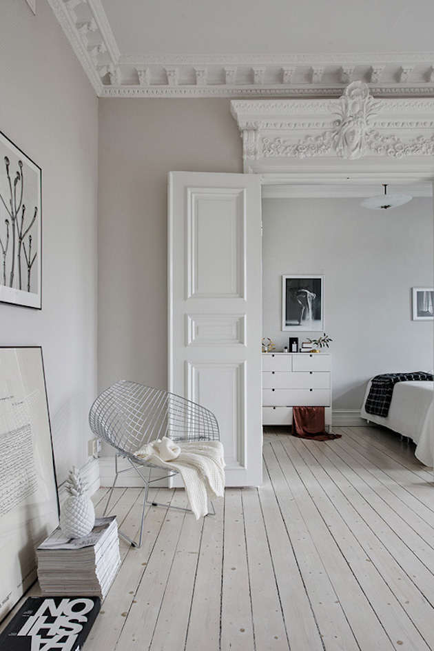 appartement 1800 moulures plafond minimalisme scandinave