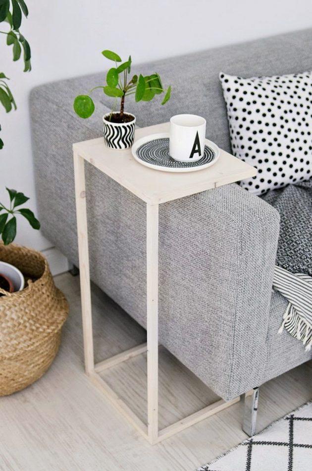 idee diy en quelques heures avec des tasseaux et une planche de bois pour un plateau de canapé
