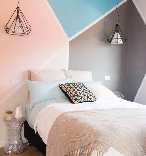 dessiner une tete de lit en peinture sur le mur de la chambre