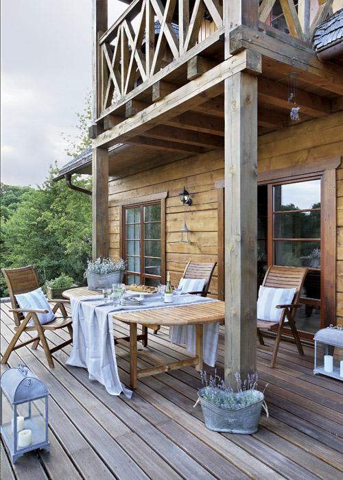terrasse entretien table teck face a la mer chalet
