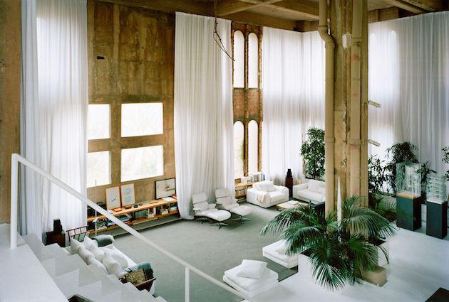 deco la fabrica ricardo bofill loft usine salon blanc