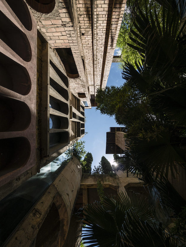 loft industriel par ricardo bofill a barcelone