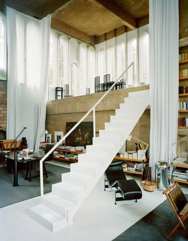 interieur mid century moderne loft industriel ancienne usine