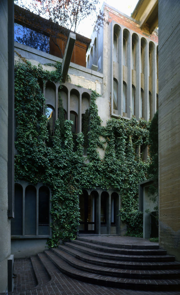 mur vegetal usine ciment beton