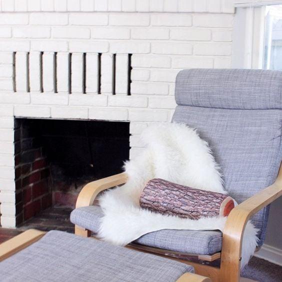 Ikea c l bre les 40 ans du fauteuil poang design clemaroundthecorner - Fauteuil a bascule poang ikea ...