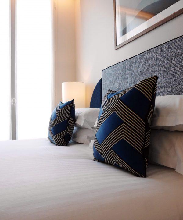 chambre bleu tsuba hotel