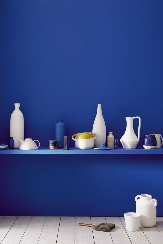 mur de cuisine de couleur bleu indigo