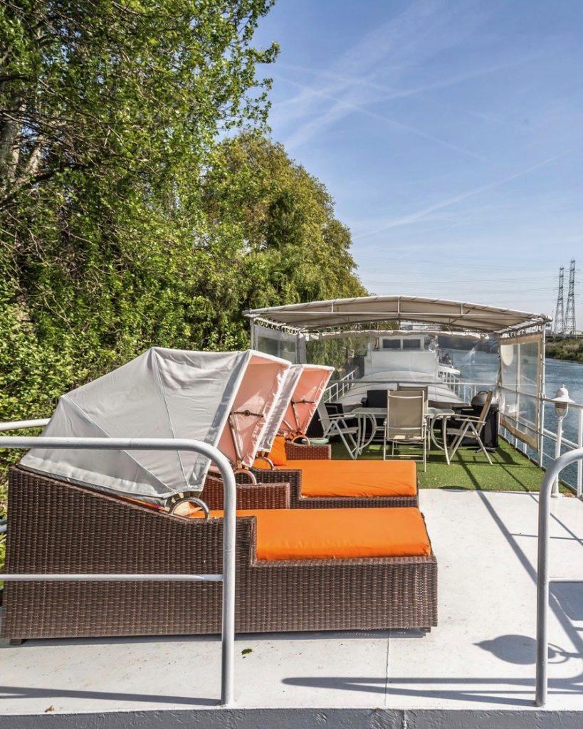 espaces atypiques immobilier peniche ponton terrasse seine