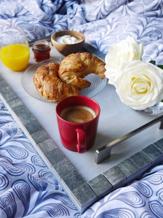 diy recup petit dejeuner du dimanche au lit