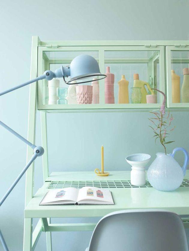 bureau dans la couleur mint