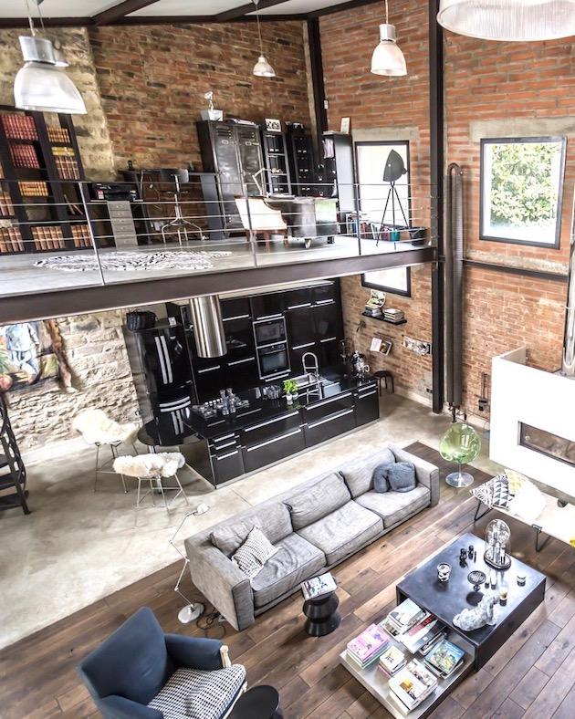interieur peniche habitation deux plateaux entirement ouverts interieur peniche habitation. Black Bedroom Furniture Sets. Home Design Ideas