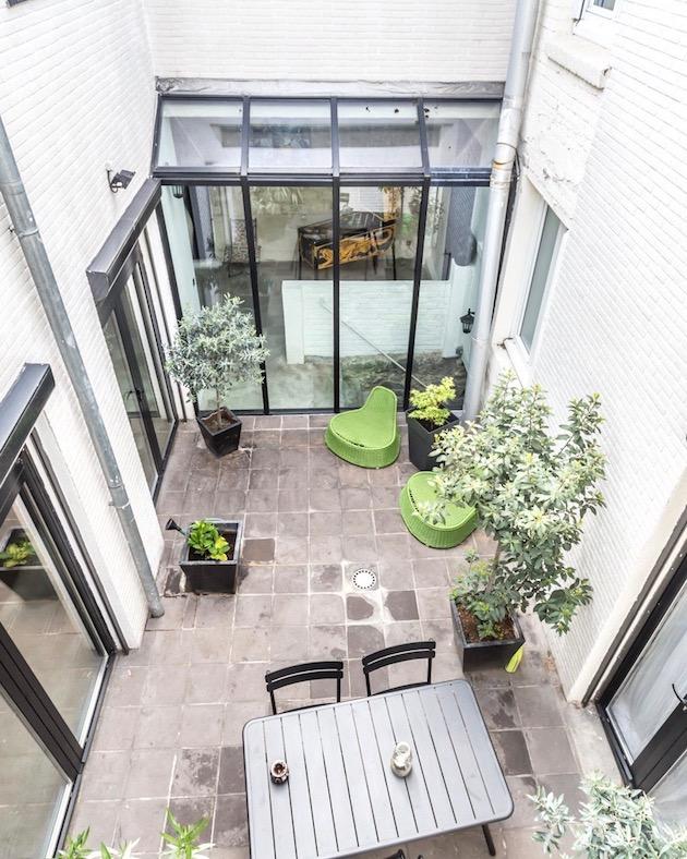 espaces atypiques perles rares de l 39 immobilier clem around the corner. Black Bedroom Furniture Sets. Home Design Ideas