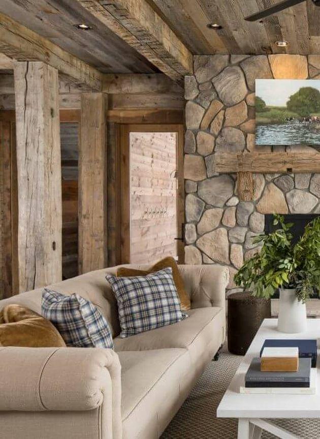 intérieur bois salon pierres apparentes