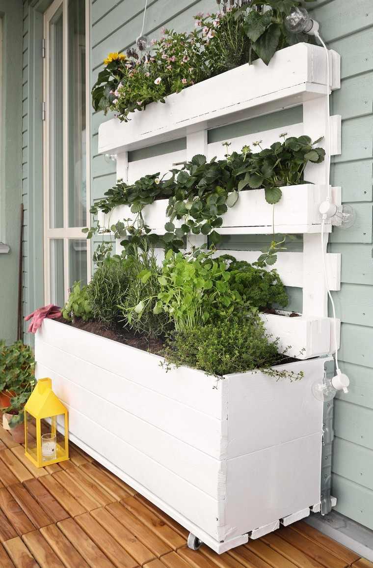 idees jardiniere palette deco avec palette balcon