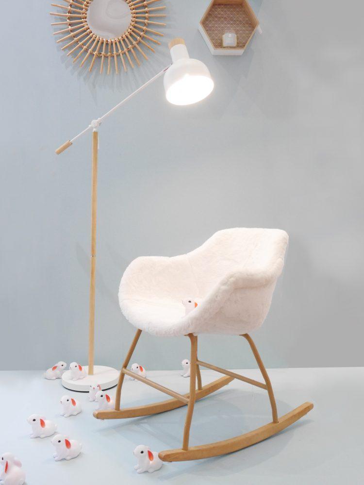 chaise à bascule en fausse fourrure nouvelle collection but