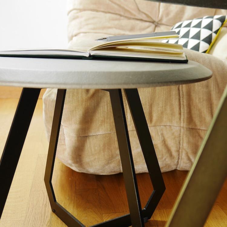 the fetish table basse ronde en cuir design by us