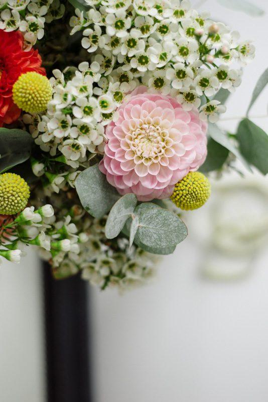 bouquet fleur mariage deco fluo