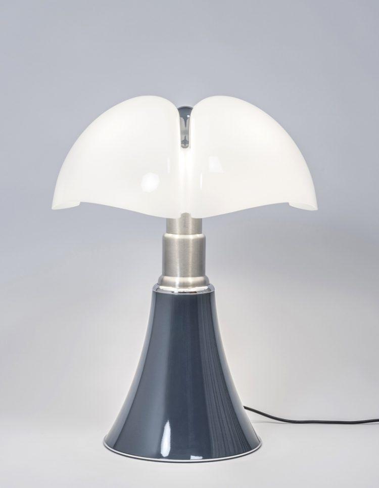 lampe pipistrello bleu ardoise martinelli luce x laurie lumiere