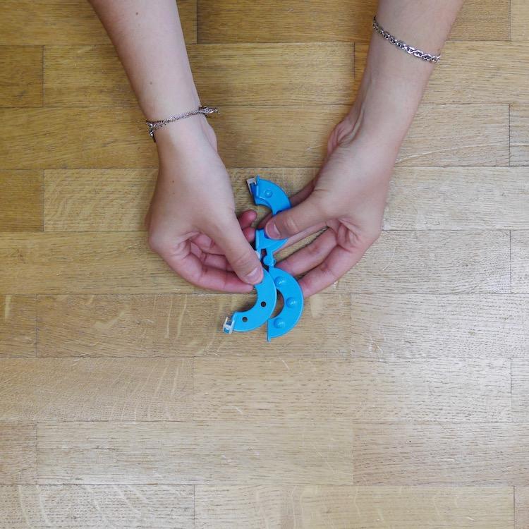 bleu plastiaue diy mobile jouet