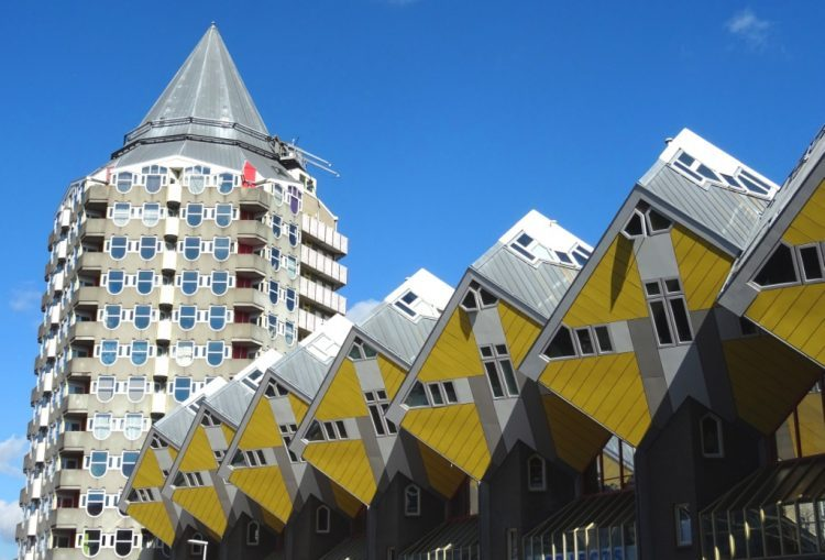 kubuswoningen maison cube Piet Blom Oude Haven rotterdam architecture