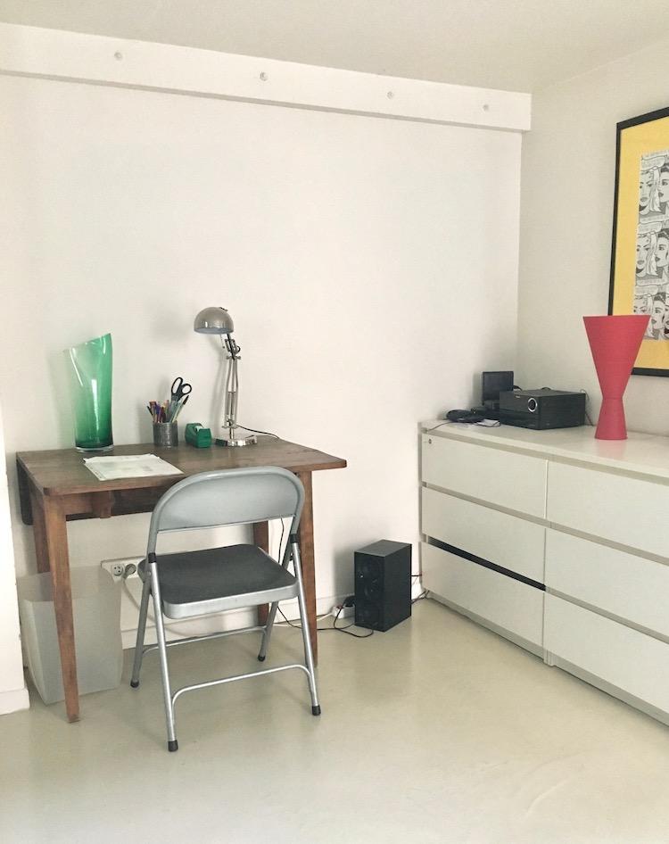 pied a terre à paris coin bureau minimaliste