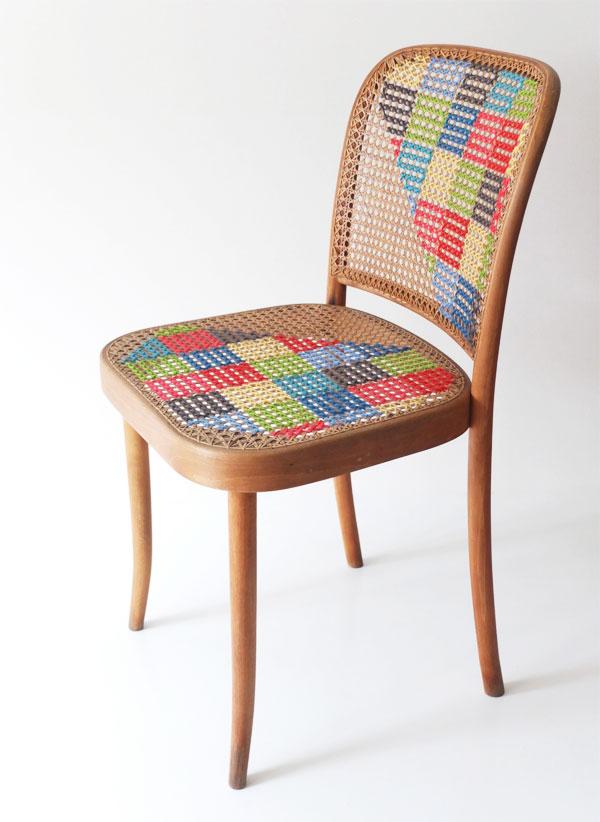 déco point de croix xxl chaise cannage