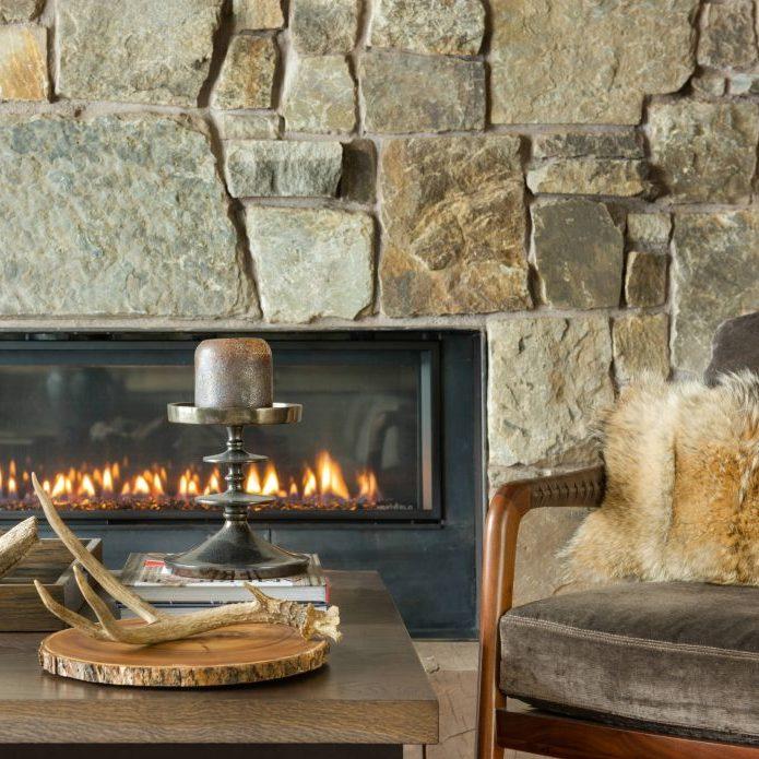 visite deco loft chalet cheminee en pierre